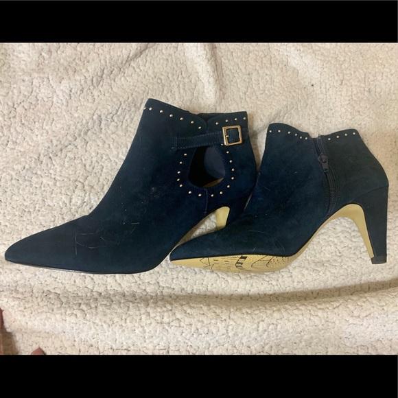 Bella Vita Shoes - Navy Blue Bella Vita size 6.5